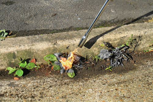 bruciatore-per-erbacce